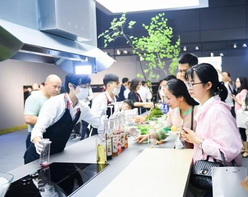 方太发布FIKS智能生活家系统,厨房智能生态来了